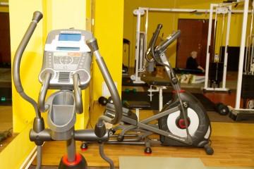 Занятия в зале ЛФК (КинезиТерапия) - одно